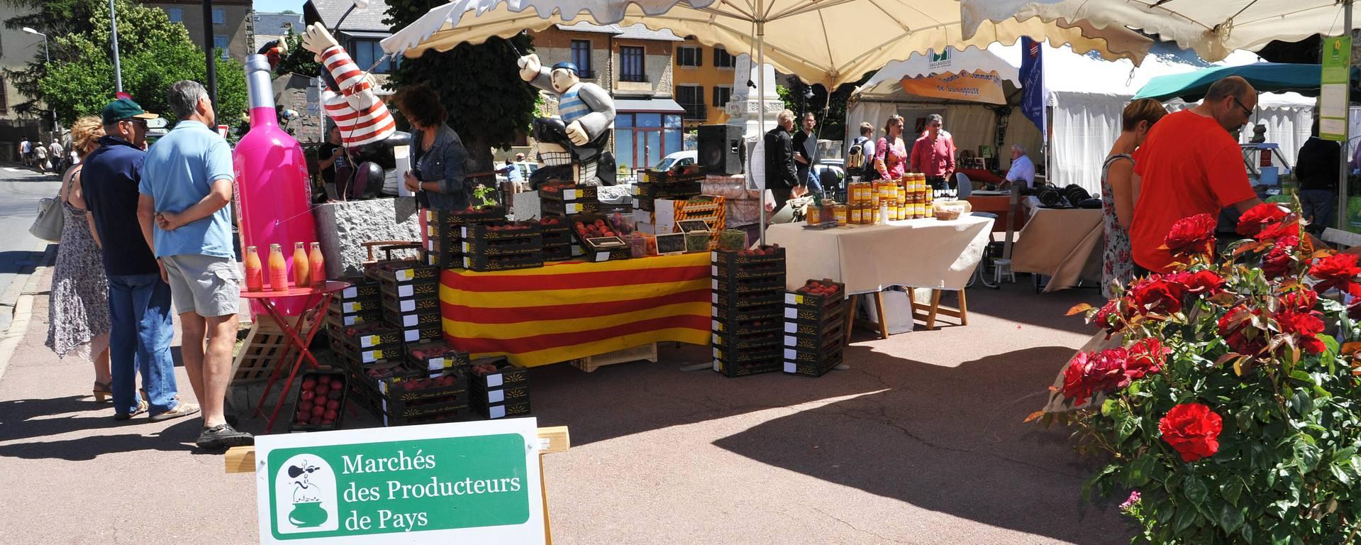 Markt met streekproducten © F. Berlic