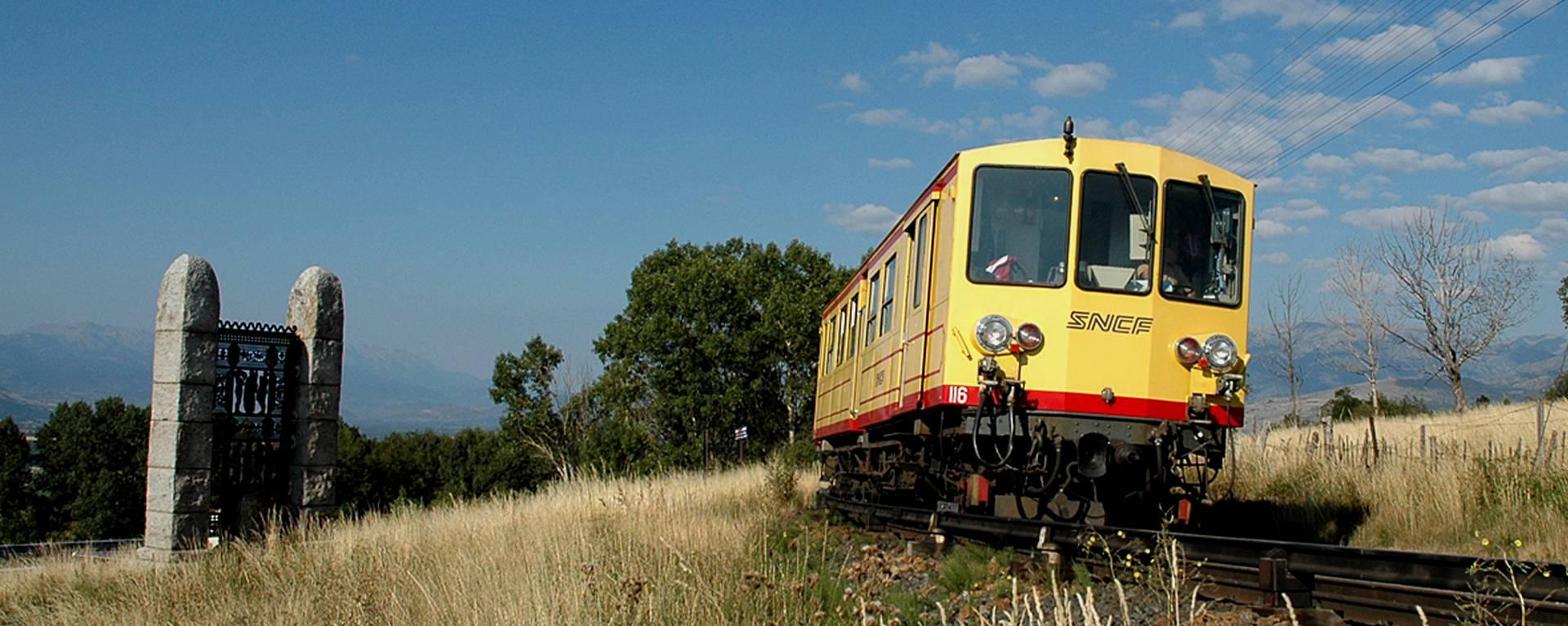 Le Train Jaune porte de Cerdagne © F. Berlic