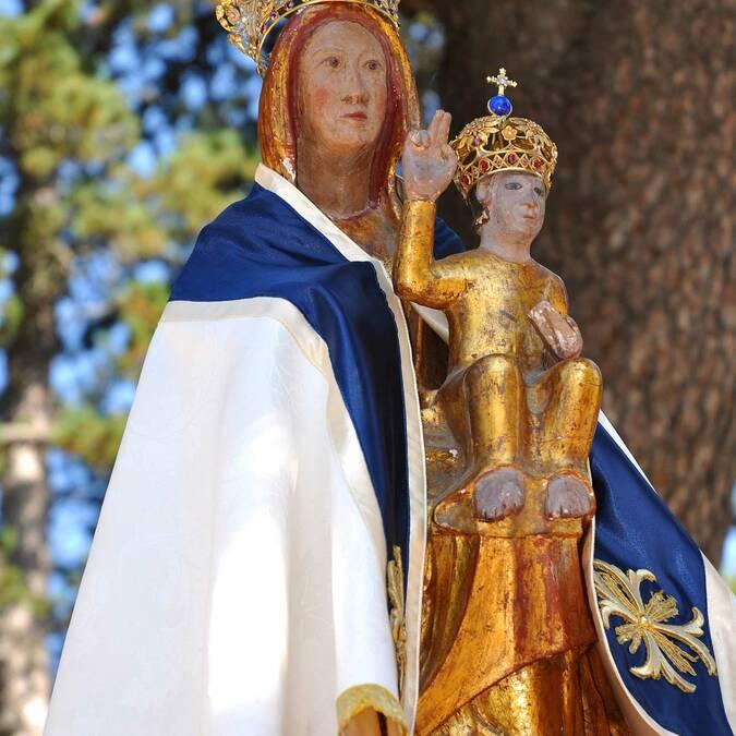 La vierge noire d'Odeillo en Pyrénées Catalanes